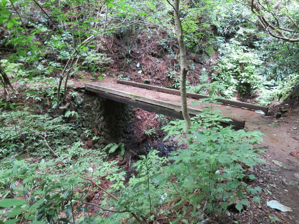 3号路の小さめの橋