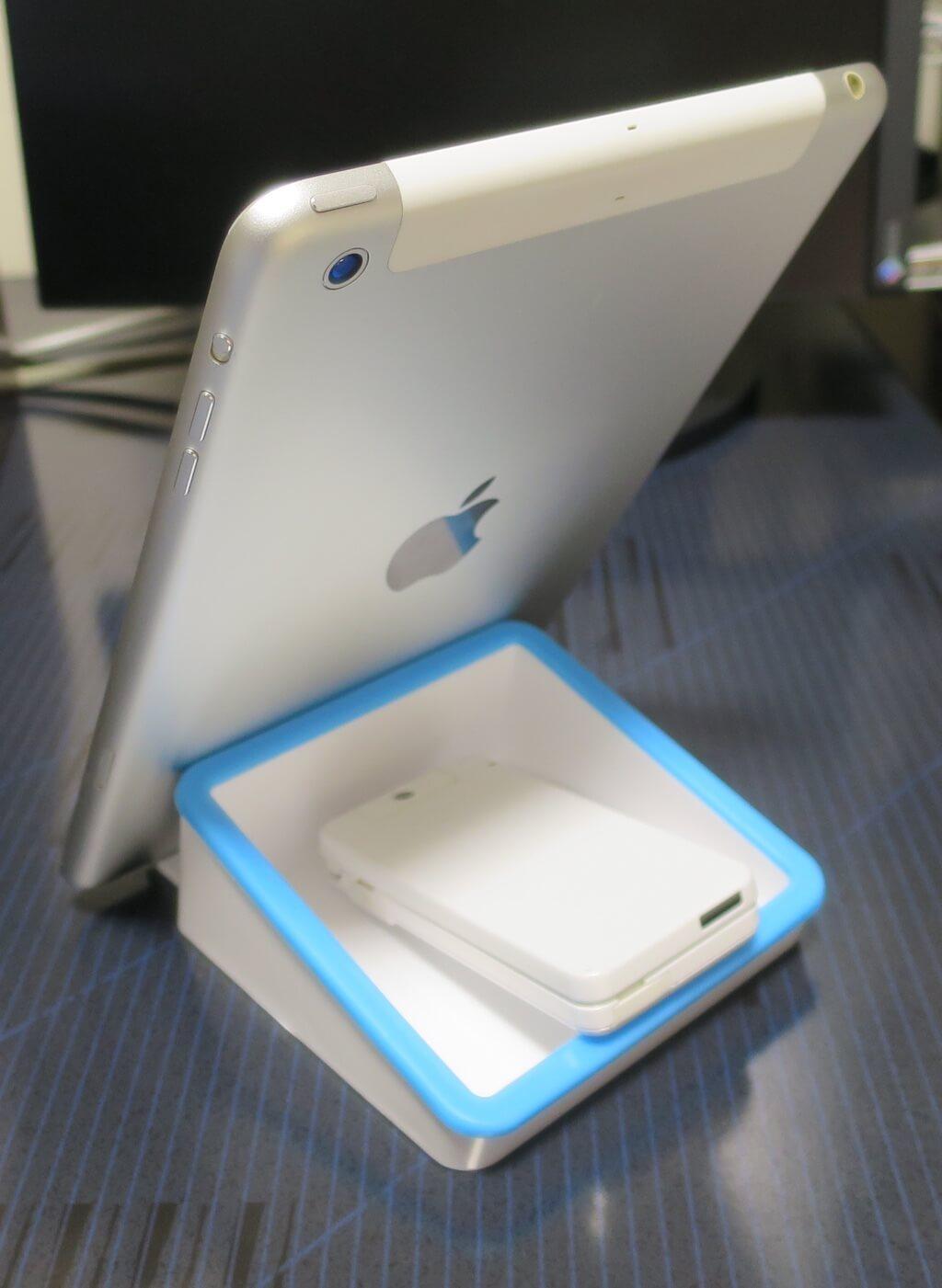 ダイソータブレットホルダーとiPad mini